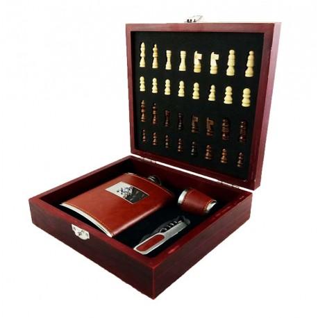 Set Cadou Caseta Sah cu Plosca si Pahare cu Simboluri Masonice MM652