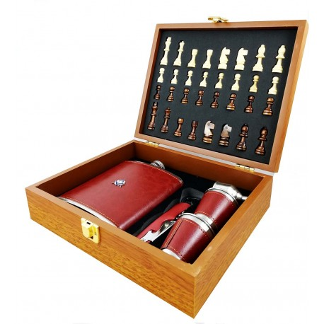 Set cadou - Șah cu ploscă mare, pahare și pâlnie și desfăcător