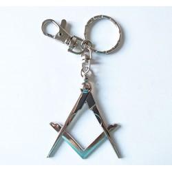 Breloc argintiu cu simboluri masonice
